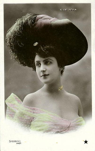 Vintage Ladies Cabinet Cards (151)