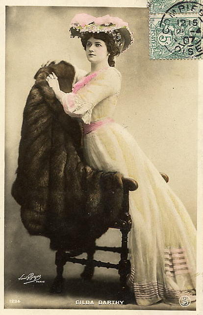 Vintage Ladies Cabinet Cards (200)