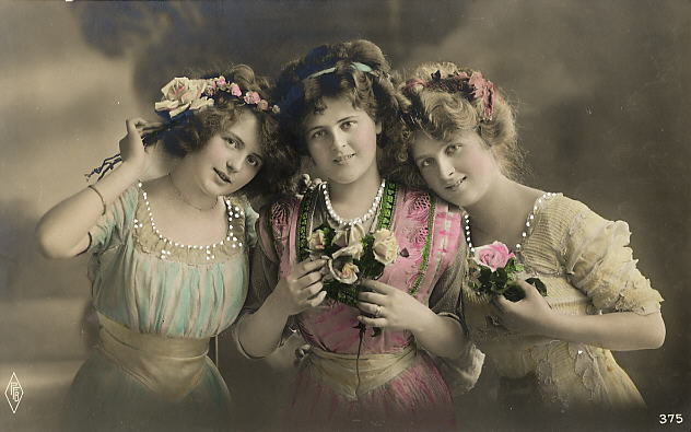 Vintage Ladies Cabinet Cards (215)