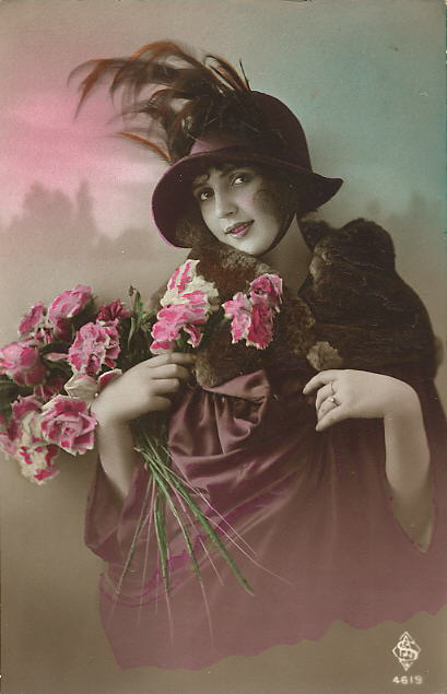 Vintage Ladies Cabinet Cards (316)