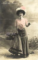 Vintage Ladies Cabinet Cards (127)