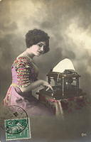 Vintage Ladies Cabinet Cards (137)