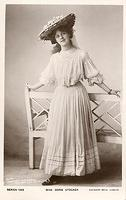 Vintage Ladies Cabinet Cards (257)
