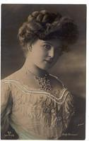 Vintage Ladies Cabinet Cards (314)