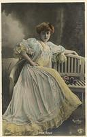 Vintage Ladies Cabinet Cards (41)