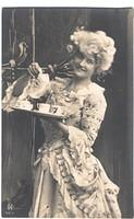 Vintage Ladies Cabinet Cards (49)