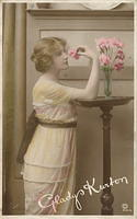 Vintage Ladies Cabinet Cards (63)