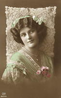 Vintage Ladies Cabinet Cards (65)