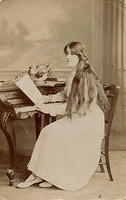 Vintage Ladies Cabinet Cards (90)